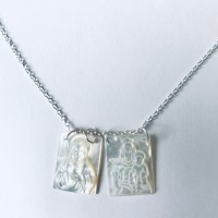 00 9560  MOP scapular necklace.16+2""