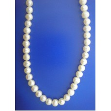 1653 6mm Fresh Water Pearl Necklace.